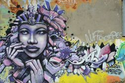 Lady en mode street art