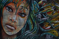 Tristesse in street art