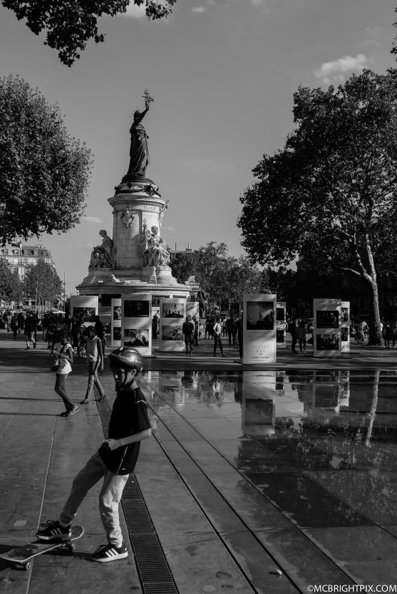SKATING IN REPUBLIQUE